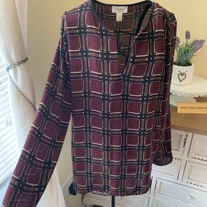LOFT Small Burgundy & Black Long Sleeve Blouse